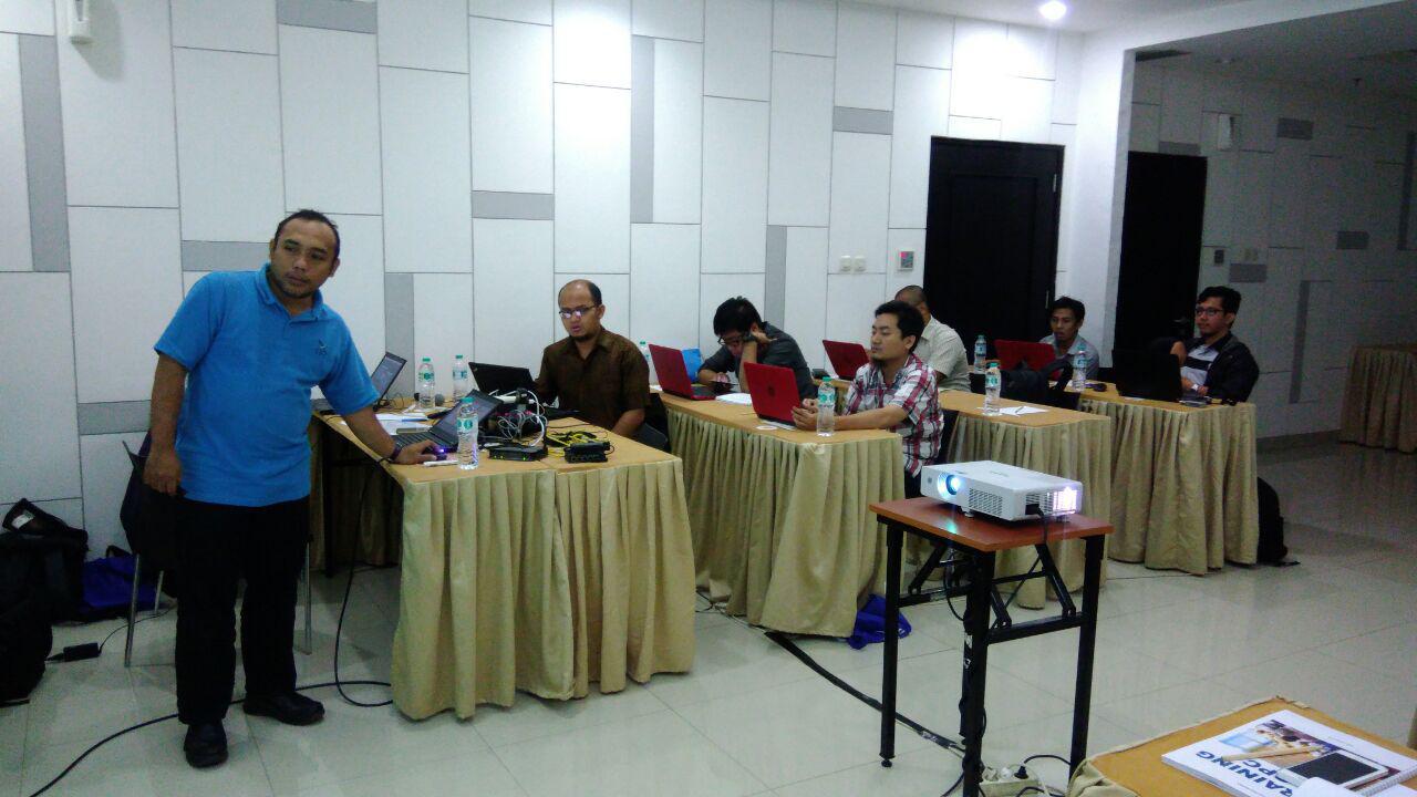 Instructor explain OPC materials
